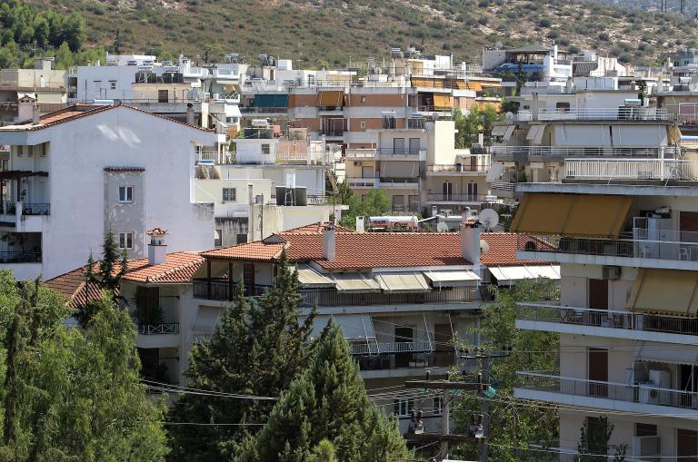 Υπουργός Περιβάλλοντος στη Βουλή: «Το Κτηματολόγιο προχωρά - καταγράφονται όλα τα κτίρια και τα αυθαίρετα» | tanea.gr