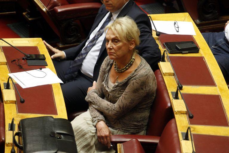 Πιπιλή κατά Βαλλιανάτου: «Είναι καρφί, ρουφιάνος και επαγγελματίας ομοφυλόφιλος» | tanea.gr