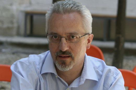 Αλαν Χόλινγκχερστ: Η queer πλευρά της αγγλικής λογοτεχνίας | tanea.gr