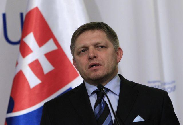 Τραυματίστηκε σοβαρά παίζοντας ποδόσφαιρο ο πρωθυπουργός της Σλοβακίας | tanea.gr