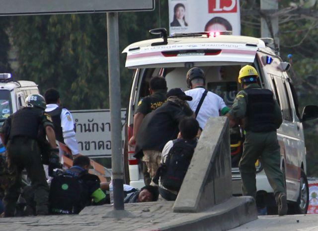 Μαθητές και καθηγητές νεκροί σε τροχαίο δυστύχημα στην Ταϊλάνδη | tanea.gr