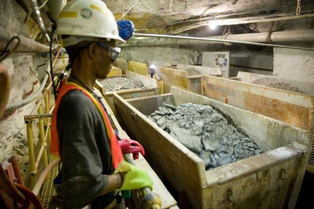 Οκτώ νεκροί σε πυρκαγιά χρυσωρυχείου στη Νότιο Αφρική   tanea.gr