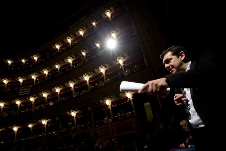 «Το ελληνικό χρέος πρέπει να ελαφρυνθεί τουλάχιστον κατά 60%», τόνισε ο Τσίπρας από τη Ρώμη | tanea.gr