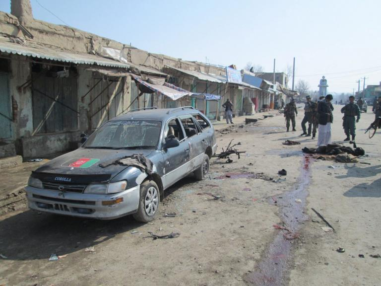 Αφγανιστάν: Ένας νεκρός και 8 τραυματίες σε βομβιστική επίθεση εναντίον περιπολικού   tanea.gr