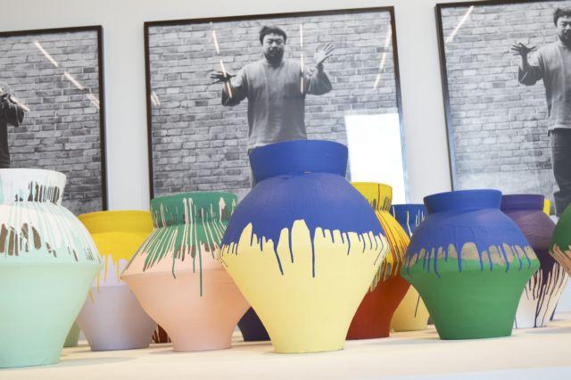 Μαϊάμι: Καλλιτέχνης έσπασε βάζο αξίας ενός εκατ. δολαρίων για διαμαρτυρία! | tanea.gr