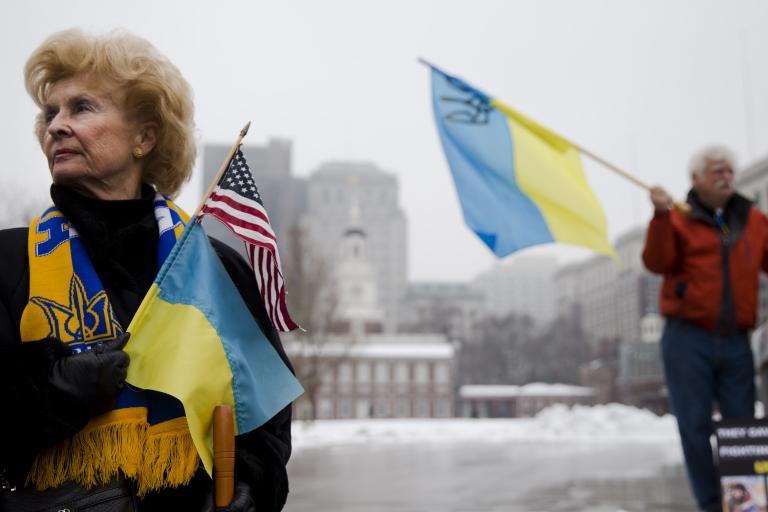 Παρέμβαση Ομπάμα: «Θα υπάρξουν συνέπειες εάν συνεχιστεί η βία στην Ουκρανία» | tanea.gr
