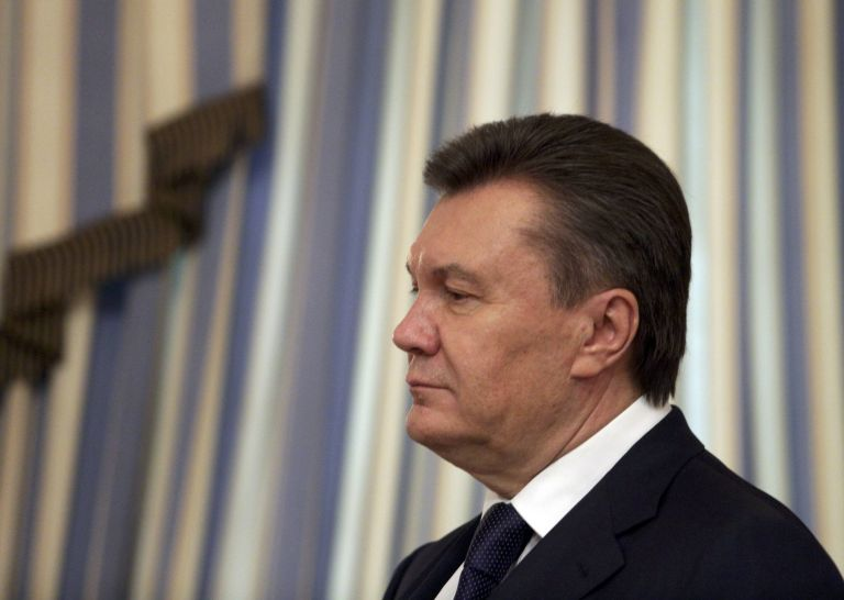 Ο Γιανουκόβιτς επιχείρησε να φύγει από την Ουκρανία μετέδωσε το Ιντερφάξ | tanea.gr