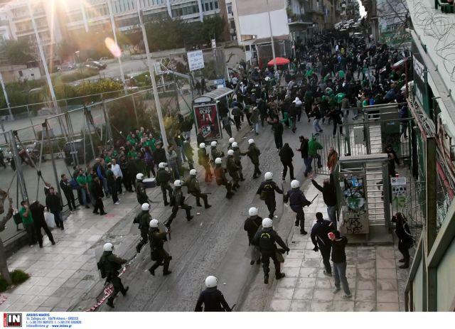 Επεισόδια στη Λεωφόρο μετά την ισοπαλία ανάμεσα σε ΠΑΟ και Εργοτέλη   tanea.gr