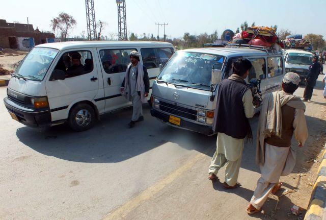 Πακιστάν: Τουλάχιστον 27 νεκροί σε νέες αεροπορικές επιδρομές του στρατού στα αφγανικά σύνορα   tanea.gr