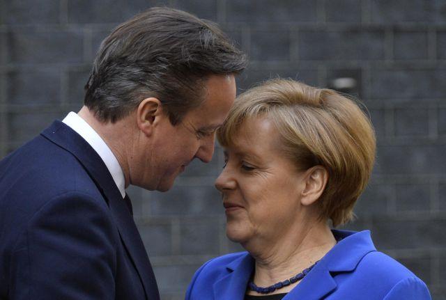 Η Μέρκελ στο Λονδίνο: «Θέλουμε μια Βρετανία με ισχυρή φωνή στην ΕΕ» | tanea.gr