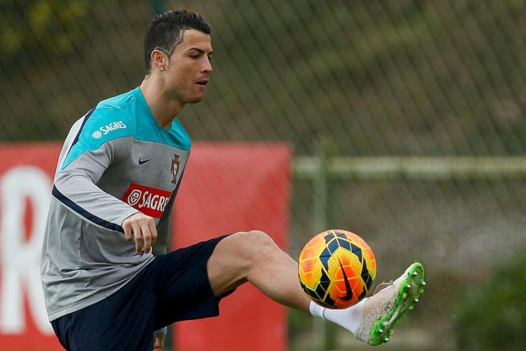 Ο Κριστιάνο Ρονάλντο πρώτος σκόρερ στην ιστορία της Εθνικής Πορτογαλίας | tanea.gr
