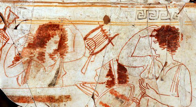 Χρυσός και αποκαλύψεις γύρω από τον τάφο του Φιλίππου Β' | tanea.gr