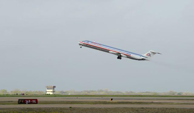 Συνελήφθη 14χρονη στην Ολλανδία για φάρσα σε αεροπορική εταιρία | tanea.gr