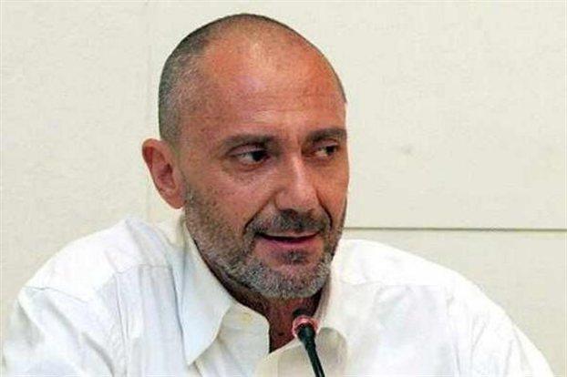 Απέσυρε την υποψηφιότητά του για τον Δήμο Αθηναίων ο Γρηγόρης Βαλλιανάτος | tanea.gr