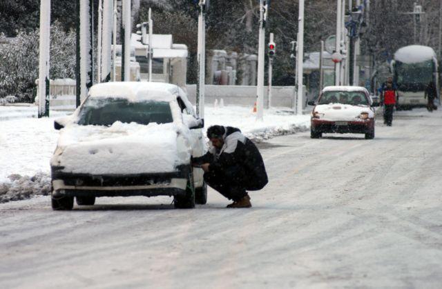 Αλυσίδες χρειάζονται τα οχήματα με προορισμό τον Βόρρα, στον νομό Πέλλας   tanea.gr