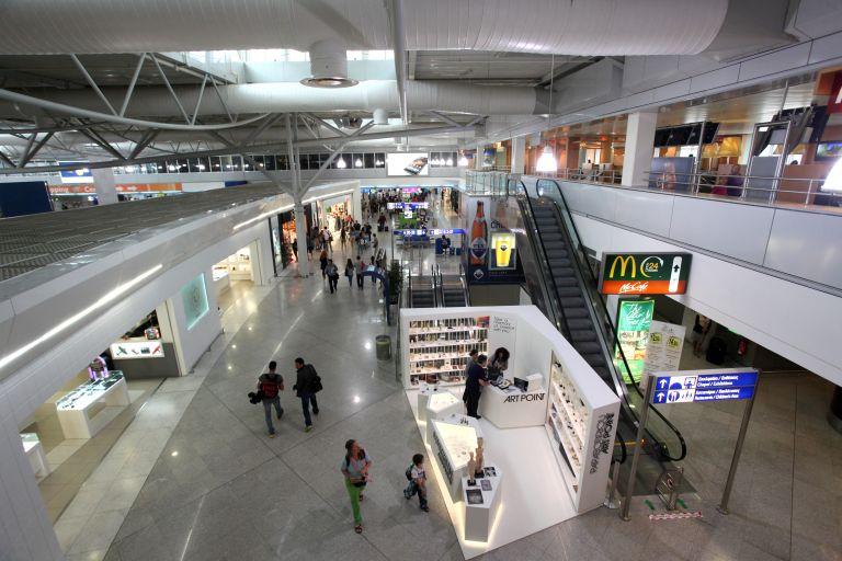 Εσοδα και περισσότερους επισκέπτες στην Ελλάδα θα φέρουν οι νέες προτάσεις της Κομισιόν για τη βίζα | tanea.gr