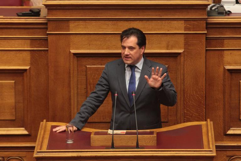 Αδωνις Γεωργιάδης: «Ως πατέρας συγκινήθηκα από την πράξη του υιού Μπαλτάκου» | tanea.gr
