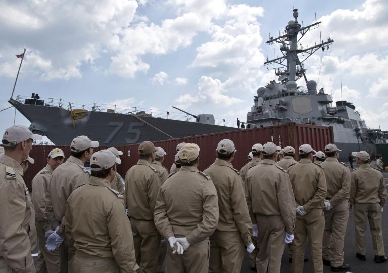 Η Ρωσία ενισχύει τον στόλο της στη Μαύρη Θάλασσα   tanea.gr