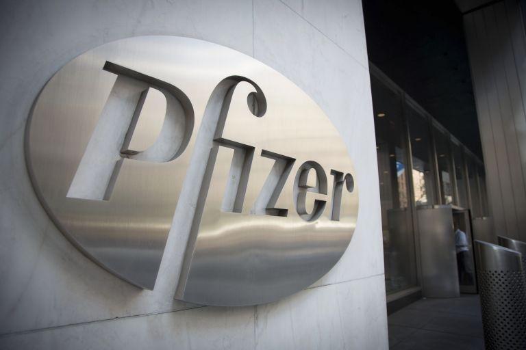 Πρόταση «μαμούθ» 106 δισ. δολαρίων από την Pfizer για την εξαγορά της AstraZeneca | tanea.gr
