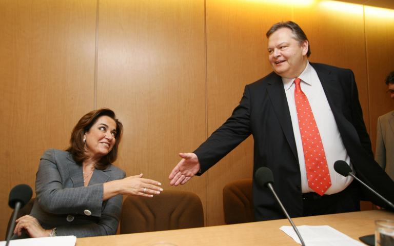 Τι συζήτησαν Βενιζέλος - Μπακογιάννη στο υπουργείο Εξωτερικών | tanea.gr