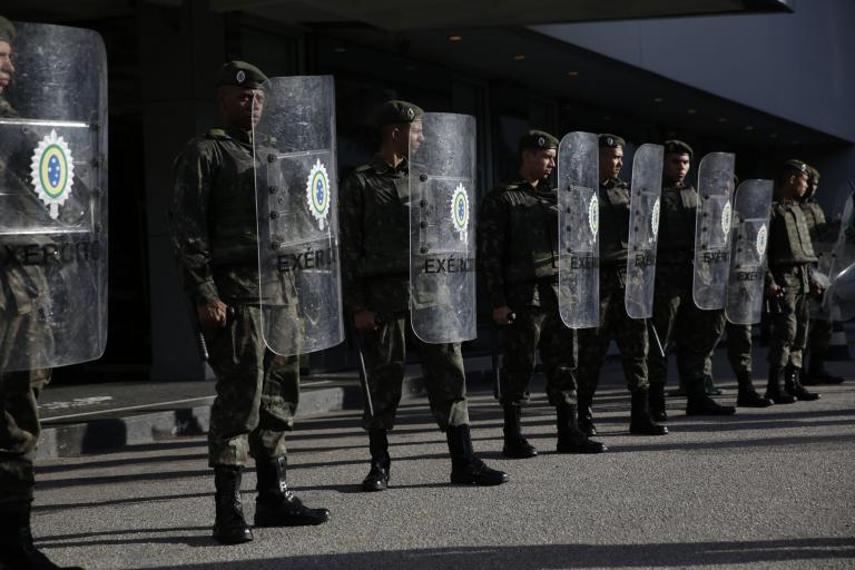 Βραζιλία: Παράνομη η απεργία των εργαζομένων στο μετρό του Σάο Πάολο   tanea.gr