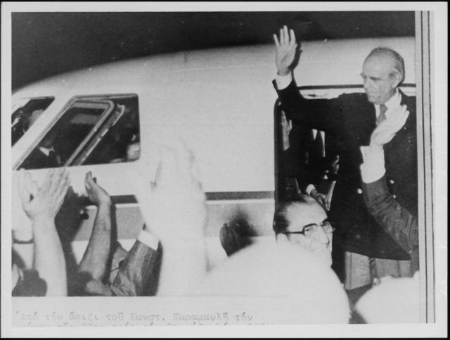 40 χρόνια από το μεγάλο καλοκαίρι της Μεταπολίτευσης: Η προφητεία Καραμανλή για την Ακρα Δεξιά | tanea.gr
