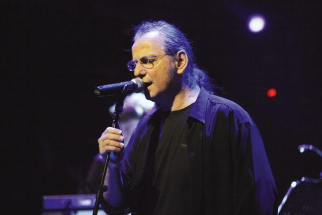 Αναβάλλεται λόγω... Μαζιώτη η αποψινή συναυλία του Πάνου Κατσιμίχα   tanea.gr