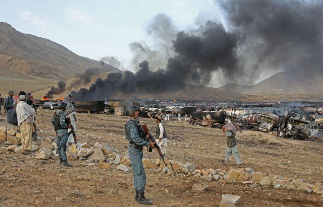 Αφγανιστάν: Επίθεση καμικάζι κατά του ΝΑΤΟ - 16 νεκροί   tanea.gr