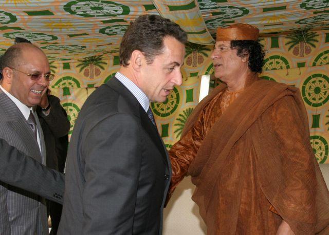 Στη δημοσιότητα νέο έγγραφο που «αποδεικνύει» χρηματοδότηση του Σαρκοζί από τον Καντάφι | tanea.gr