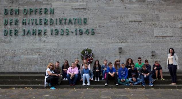71 χρόνια μετά: Το μαρτυρικό Λέχοβο πήγε στο Βερολίνο | tanea.gr