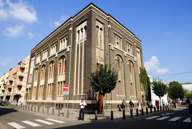 Εμπρησμός στην εβραϊκή συναγωγή στις Βρυξέλλες | tanea.gr