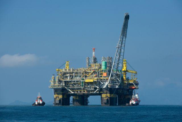 Τα ελληνικά πετρέλαια και ο «γρίφος» των χαμηλών τιμών του αργού | tanea.gr