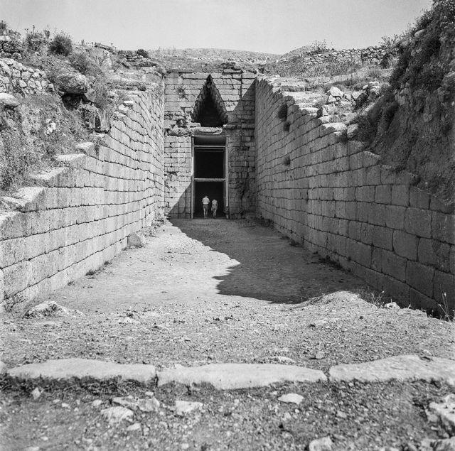 Ενα ζεστό καταμεσήμερο στην αρχαία γη των Ατρειδών | tanea.gr