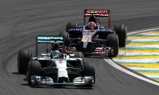 Formula 1: Ο Ρόσμπεργκ νίκησε στο Σάο Πάολο, ο τίτλος θα κριθεί στο Αμπου Ντάμπι | tanea.gr