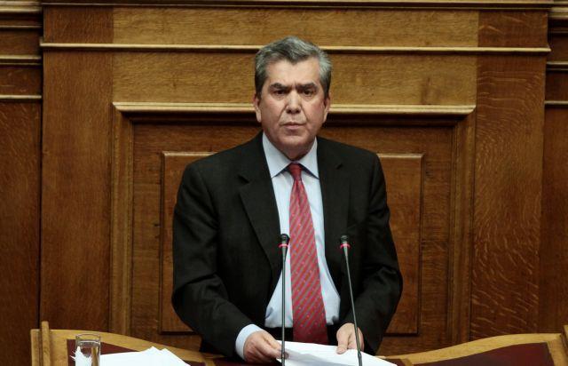 Αλέξης Μητρόπουλος: «Δήμας και Παπανδρέου θα λογοδοτήσουν για μνημόνια και Καστελόριζο» | tanea.gr