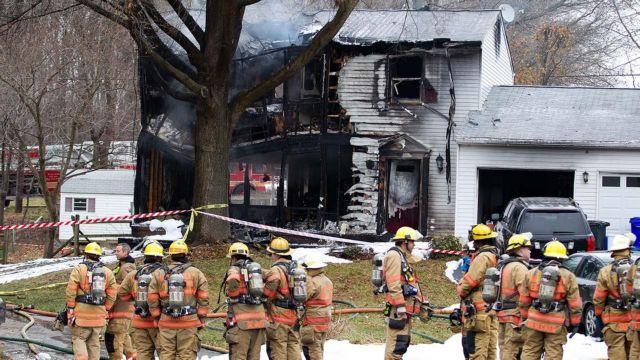ΗΠΑ: Εξι νεκροί από συντριβή αεροσκάφους σε κατοικία | tanea.gr