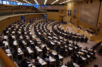 Κερδίζει έδαφος η ακροδεξιά στη Σουηδία ενόψει πρόωρων εκλογών | tanea.gr