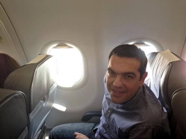 Βλάβη στο αεροσκάφος που επέβαινε ο Αλέξης Τσίπρας με προορισμό τα Ιωάννινα | tanea.gr