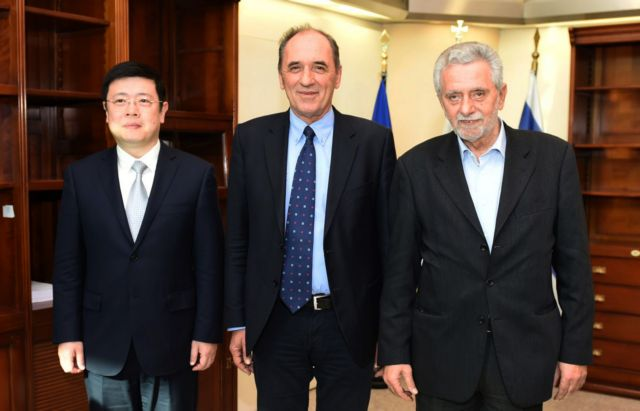 Συνάντηση Σταθάκη και Δρίτσα με τον πρεσβευτή της Κίνας στην Αθήνα   tanea.gr