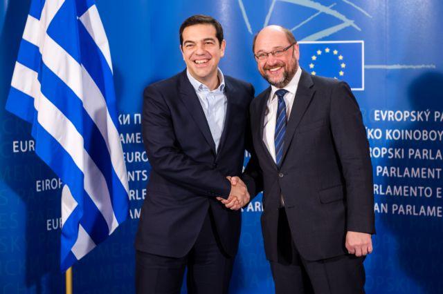 Σουλτς στη Handelsblatt: «Η Ελλάδα κινδυνεύει με χρεοκοπία αν δεν τηρήσει τα συμφωνηθέντα» | tanea.gr