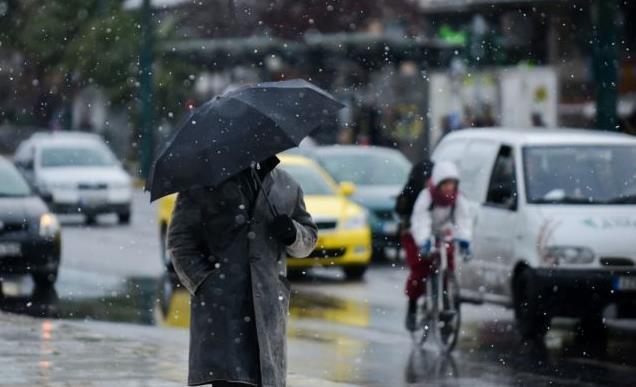 Χιόνια, τσουχτερό κρύο και ισχυροί άνεμοι - ασθενείς χιονοπτώσεις και στην Αθήνα | tanea.gr
