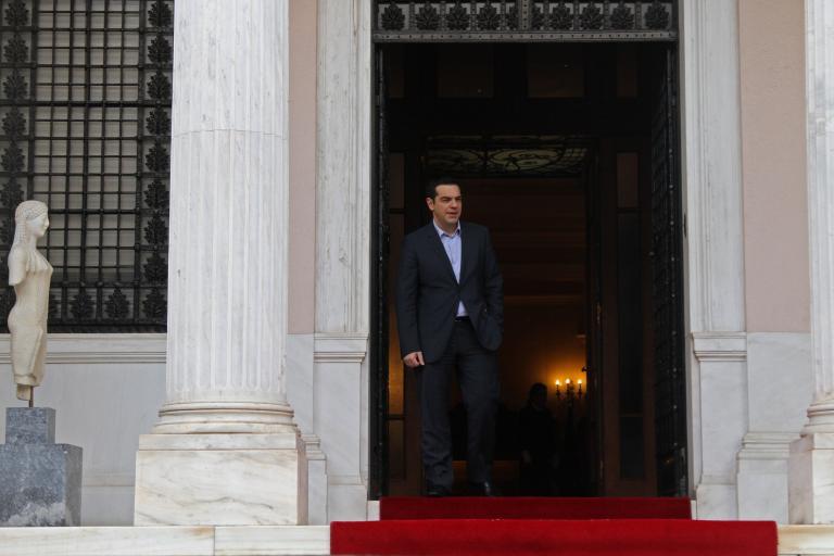 Μαξίμου: «Μας απείλησαν ότι εάν δεν υπογράφαμε παράταση θα τελείωναν οι διαβουλεύσεις»   tanea.gr