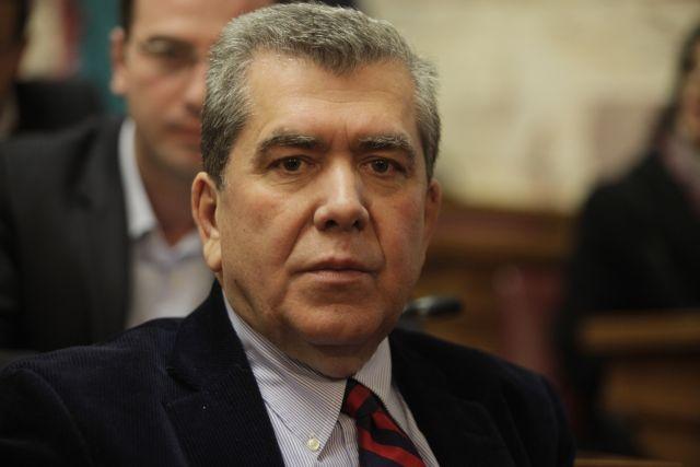 Μια παράταση μπορεί να συνδυαστεί με επιβολή νέων μέτρων, φοβάται ο Αλ. Μητρόπουλος | tanea.gr
