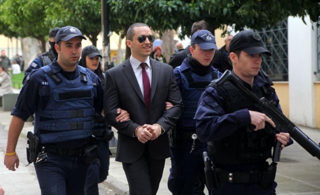 Απαλλαγή Κασιδιάρη για την επίθεση σε βάρος της Κανέλλη αποφάσισε το δικαστήριο | tanea.gr