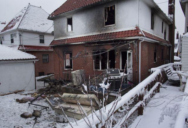 ΗΠΑ: Επτά παιδιά έχασαν τη ζωή τους από φωτιά που ξέσπασε σε διαμέρισμα του Μπρούκλιν   tanea.gr