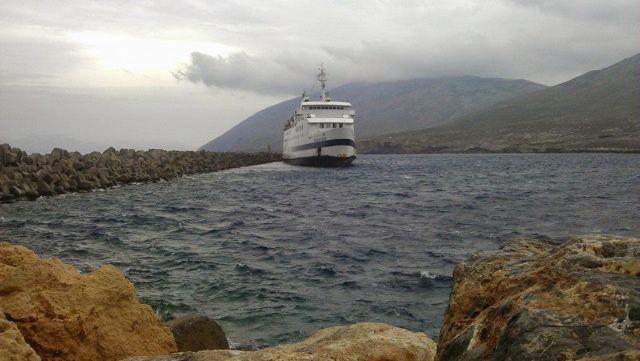 Στο λιμάνι της Κάσου το «Βιτσέντζος Κορνάρος» - τέλος η ταλαιπωρία για τους 227 επιβάτες   tanea.gr