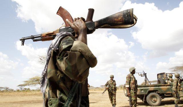 Ισλαμιστές αντάρτες Αλ Σεμπάμπ βομβάρδισαν και εισέβαλαν σε υπουργείο στην πρωτεύουσα της Σομαλίας | tanea.gr