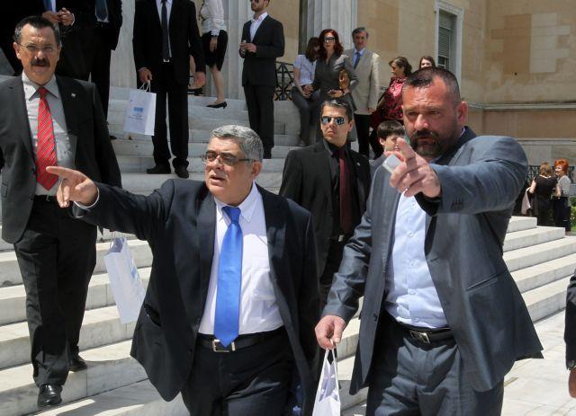 «Διαρκής και δομημένη εγκληματική ομάδα»   tanea.gr