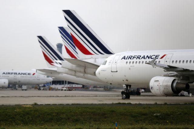 Ακυρώνεται το 40% των πτήσεων στη Γαλλία τη Μ. Τετάρτη | tanea.gr