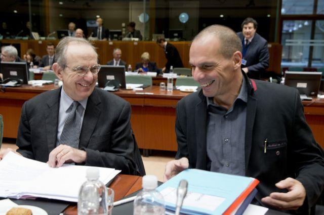 Πάντοαν: «Κανείς υπουργός δεν προσέβαλε τον Βαρουφάκη στο Eurogroup» | tanea.gr